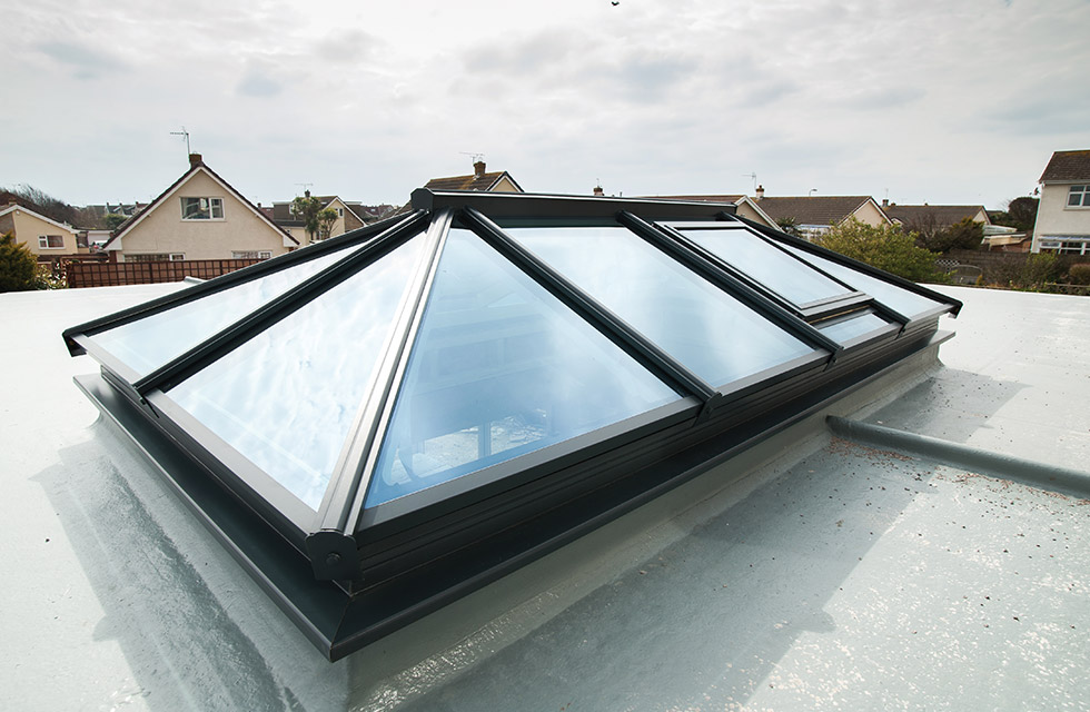 Lantern roofs conservatory roofs godstone crawley for Window roof design